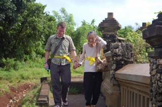 Leaving Ulu Watu, we may have lost the odd item but at least we're all intact